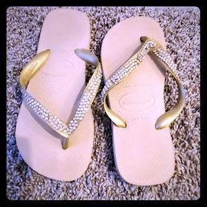 Top Havainas Thong Sandals w/Swarovski Crystals